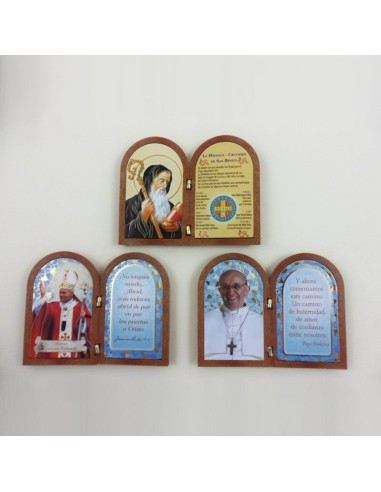 Diptico pequeño de madera con imagen, disponible en tres modelos, 12 x 10 cm