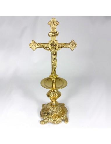 Cruz sobremesa bronce. Dimensiones: alto 36 cm ancho cruz 16 cm ancho base 14 cm