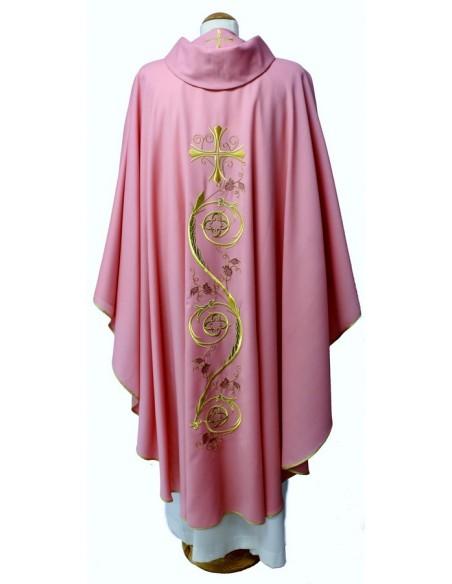 Casulla rosa  100% lana, tejido ligero.