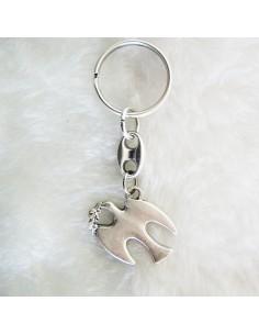 Llavero de metal con imagen de paloma   Dimensiones: 2 x 3 cm paloma                       Largo total: 7 cm