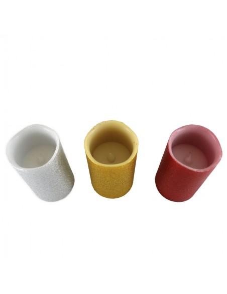 Velon con luz led de plastico y con cera de diferentes colores. Medida: 7.50 x 7.50 x 10 cm