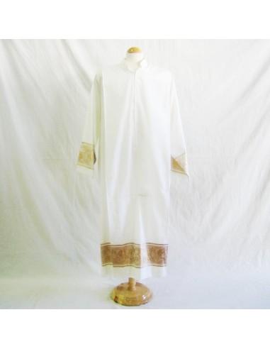 Alba mixto algodón cuello sotana. Disponible en diferentes medidas.