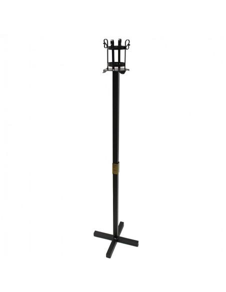 Portacirio forja sencillo. El diametro del mechero es de 8.5 cm. La medida de la base es de 34x34 cm.