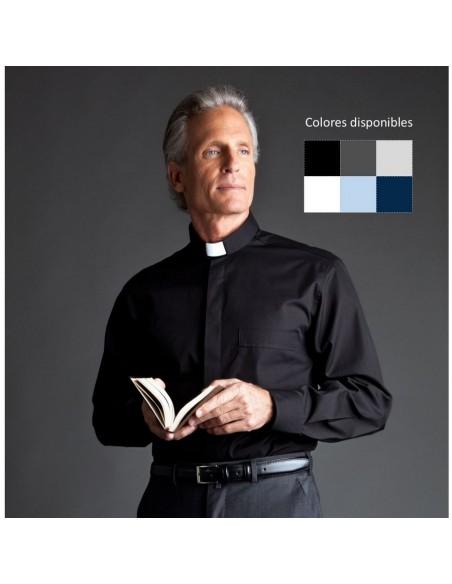 Camisa para sacerdote de manga larga Trilla Desta mezcla algodón. La camisa tiene el cuello adaptado para la tirilla o alzacue