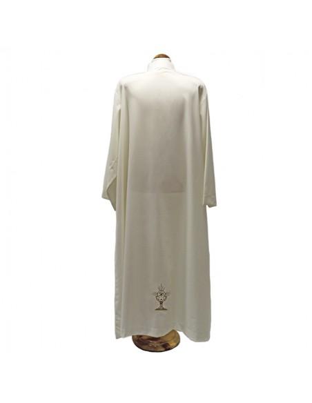 Alba con bordado de caliz por delante y detras. Cuello de sotana sin tablas
