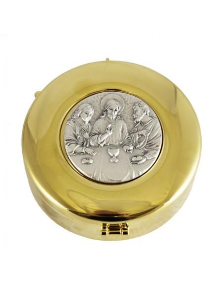 Caja de formas con bajo relieve de Santa Cena.  Dimensiones: 8 x 3 cm. Interior: 7.60 cm de diametro