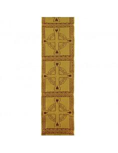 Galon con decoracion de cruz celta.