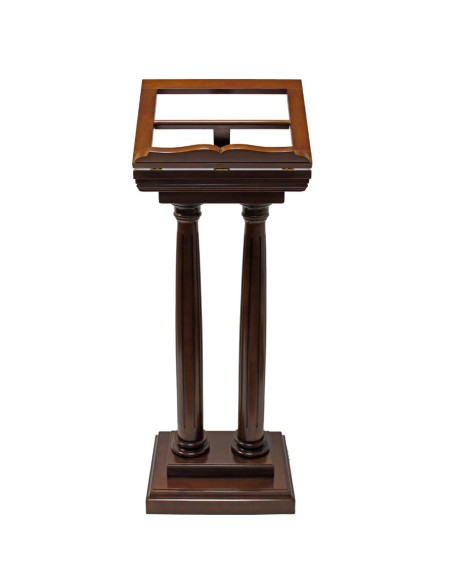 Atril de madera con dos columnas. 3 alturas distintas Altura total: 131 cm  Atril: 34 cm de alto x 45 cm de ancho Base: 46