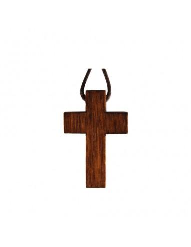 Cruz K29 marrón con cordón. Dimensiones: 3 cm.