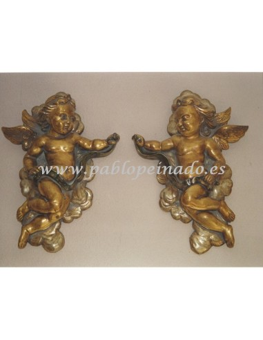 Pareja de ángeles madera dorados:  Dimensiones: 38 x 52 x 10 cm