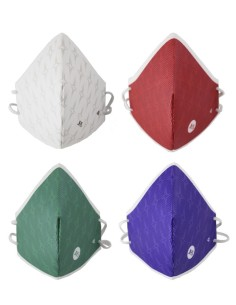 Juego de Mascarillas para sacerdote. El juego esta compuesto por 4 mascarillas, con los 4 colores liturgicos: blanco, morado,