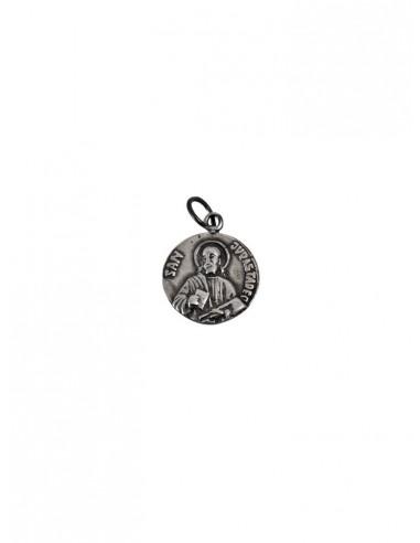 Medalla San Judas Tadeo de plata.  Disponible en dos medidas: Medida: 1,5 cm y 2 cm.