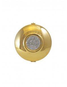 Caja de formas acabado en dorado con medallón de santa cena en bajo relieve.  Medida total: 12 cm de ancho x 4 cm de altura.