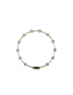 Aureola dorada de metal con estrellas plateadas. La medida corresponde con el ancho de la aureola.