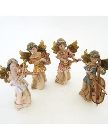 Imagen de Ángeles con isntrumentos policromada sintética. Conjunto de 4 piezas. Dimensiones: 12,5 cm.
