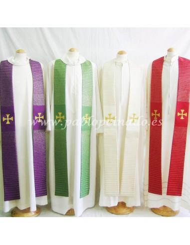 Estola de lana. Dimensiones: 157 cm (largo) x 14.5 cm (ancho)