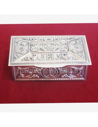 Caja de llaves de Sagrario latón plateado.  Dimensiones: 9.9 x 5.4 x 2 cms.