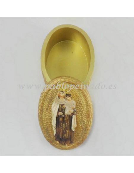 Caja oval en color dorado con la imagen de la Virgen del Carmen resina. Dimensiones: 10 x4 cm