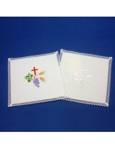 Palia cuadrada,13*13, 50% lino, 50% algodon, disponible en bordados de color y blanco.